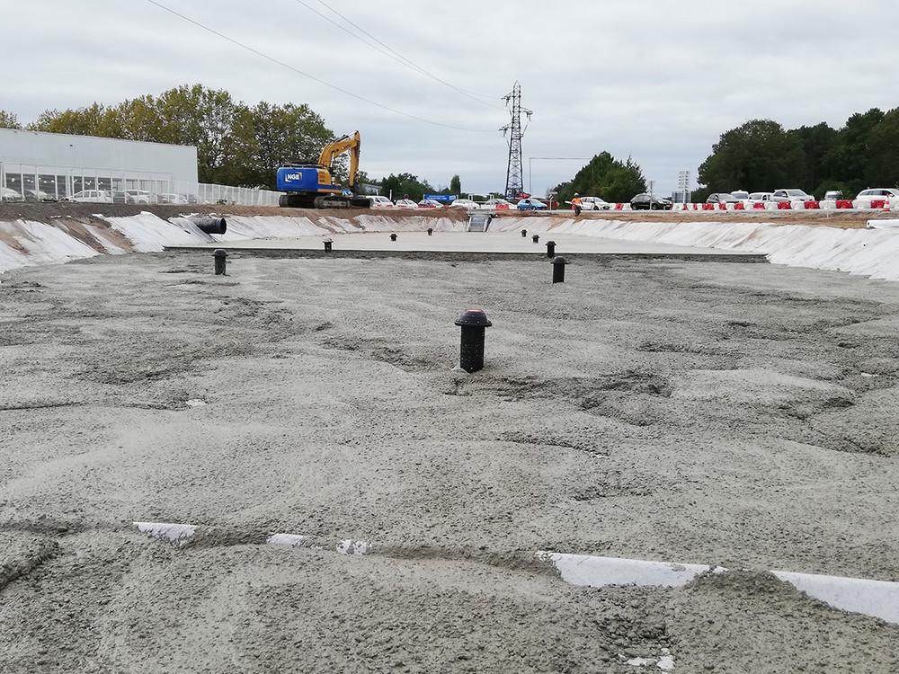 norham-photo-chantier-clapets-fonds-bassin-FLO-PLUG-la-teste-de-buch-beton.jpg