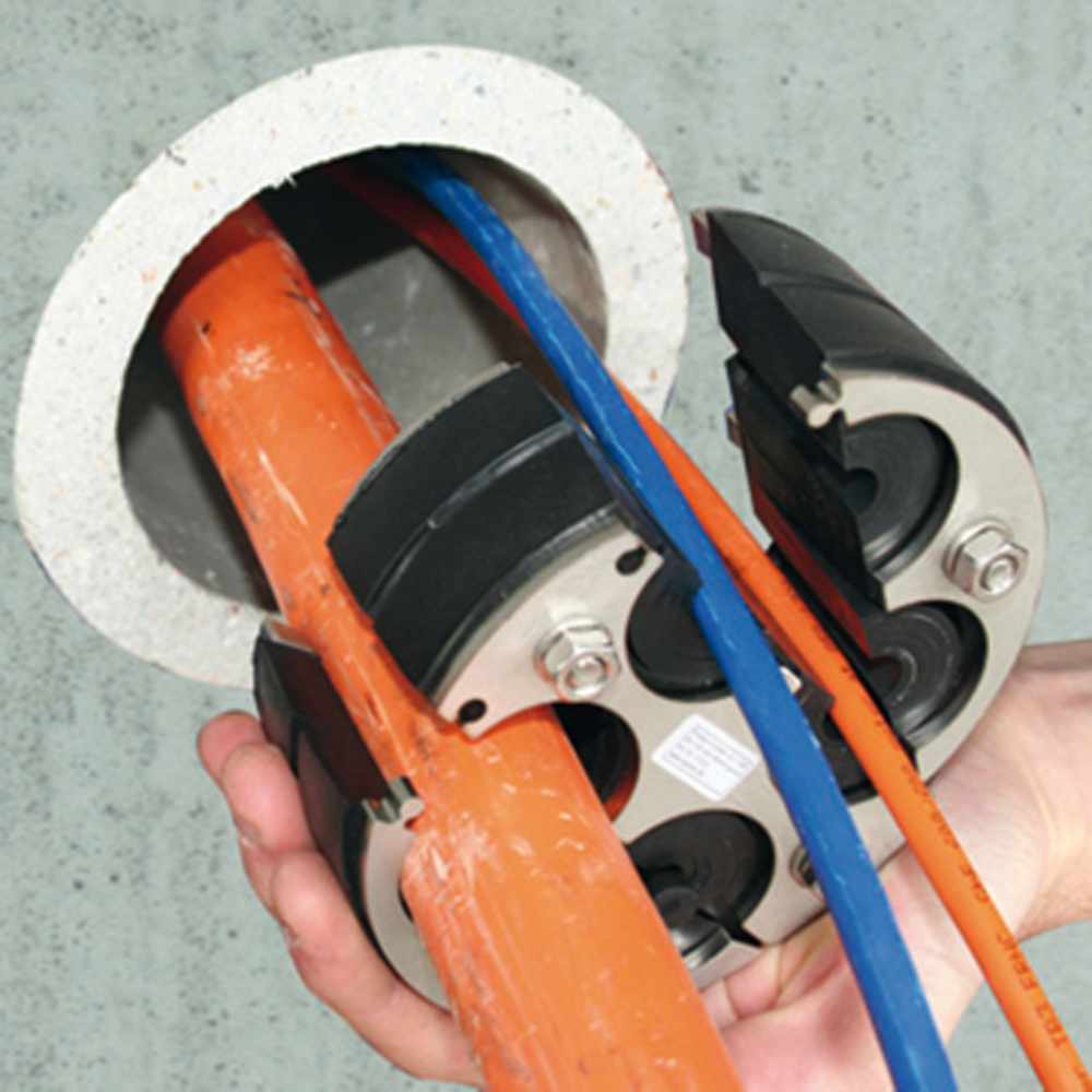 norham-photo-chantier-joints-parois-cables-PRESSIO-STEEL-UNIVERSAL-CABLES.png